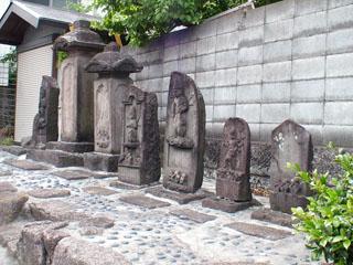 戸塚の庚申塔