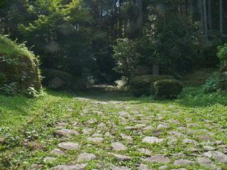 一里塚付近の石畳