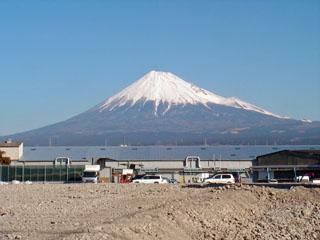 平家越え橋と東木戸跡の間で見た富士山