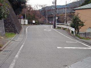 坂の上に東名高速道路