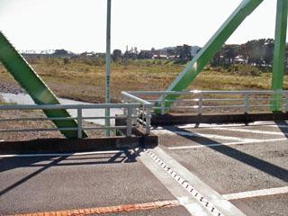富士川橋の新旧トラス
